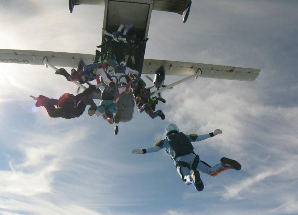 Aircraft jumper capacity - General Skydiving Discussions