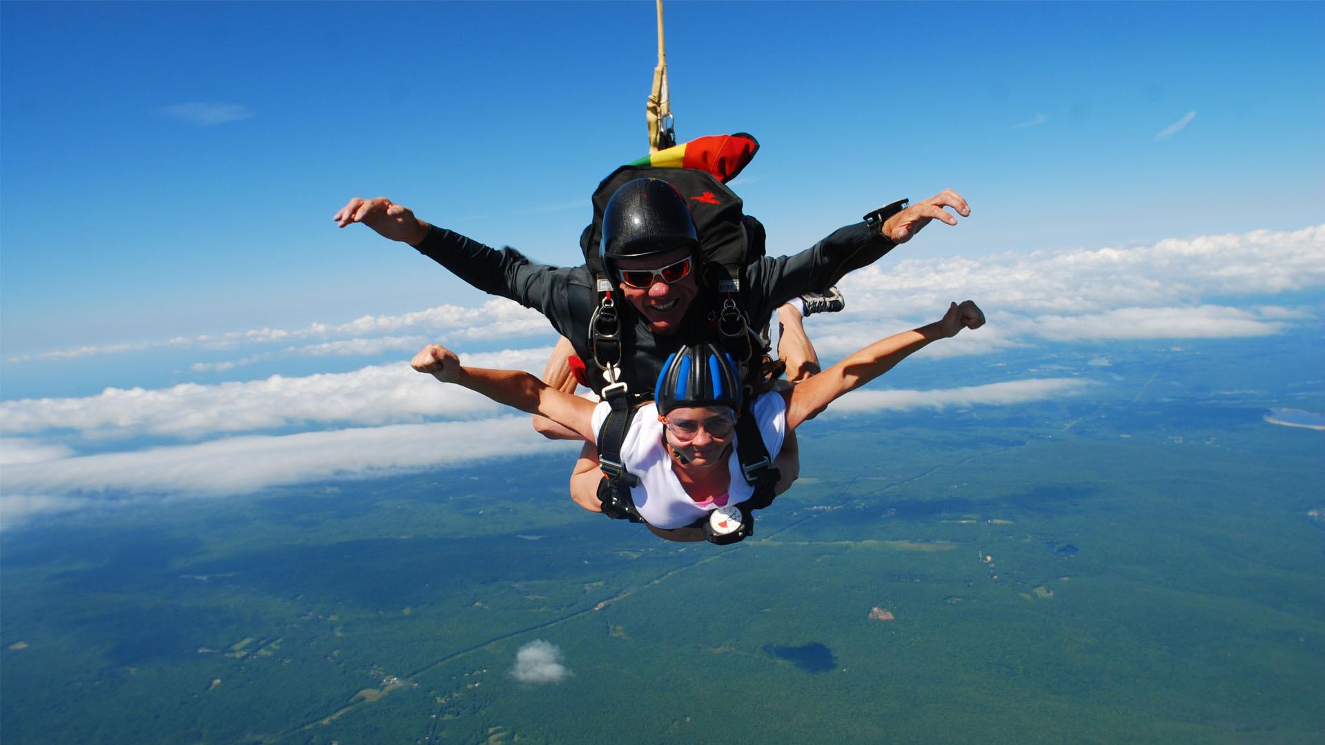 Sky Dive Tanzania(Dar Es Salaam Dropzone)