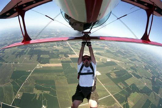 Redbull-biplane