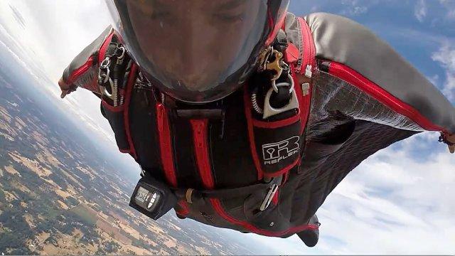 Wingsuit heli jump