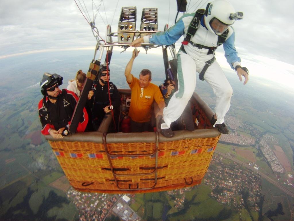 Balloon 6000ft