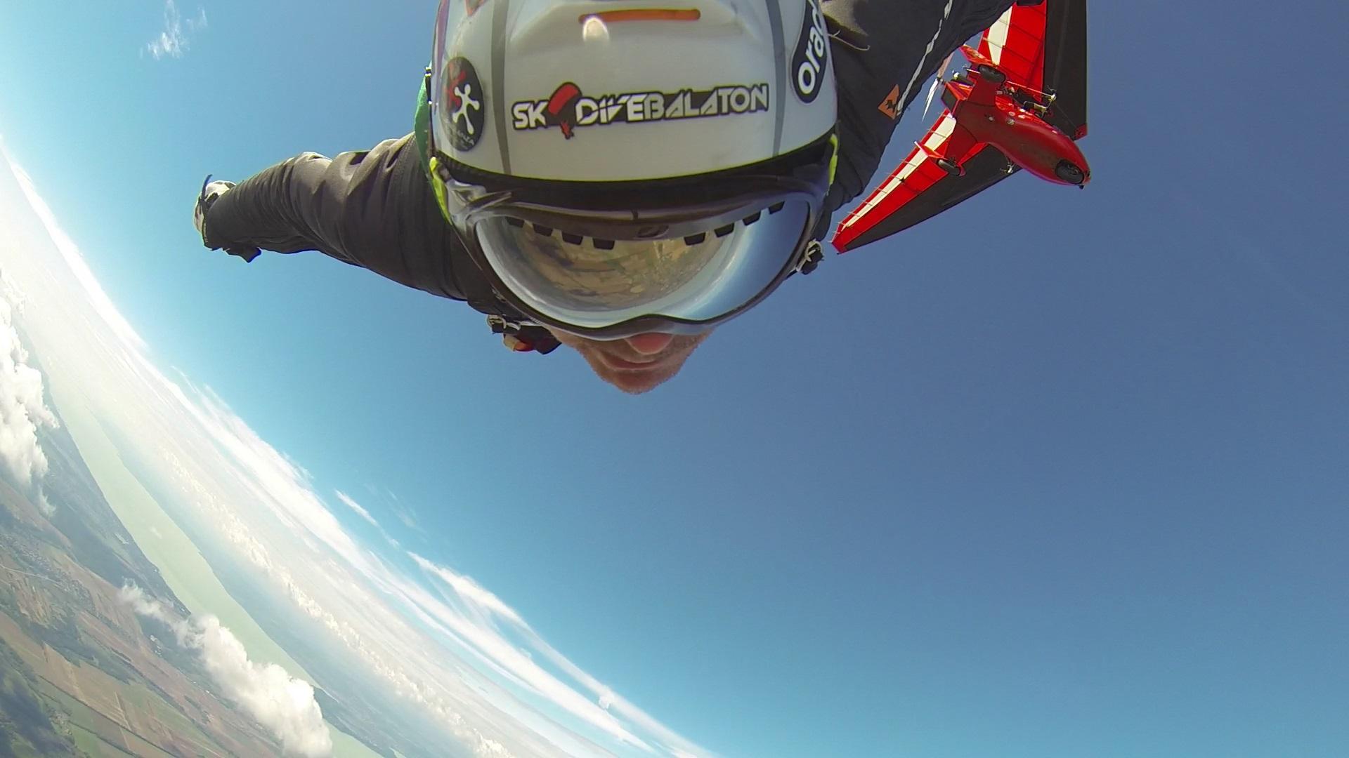 Wingsuit exit
