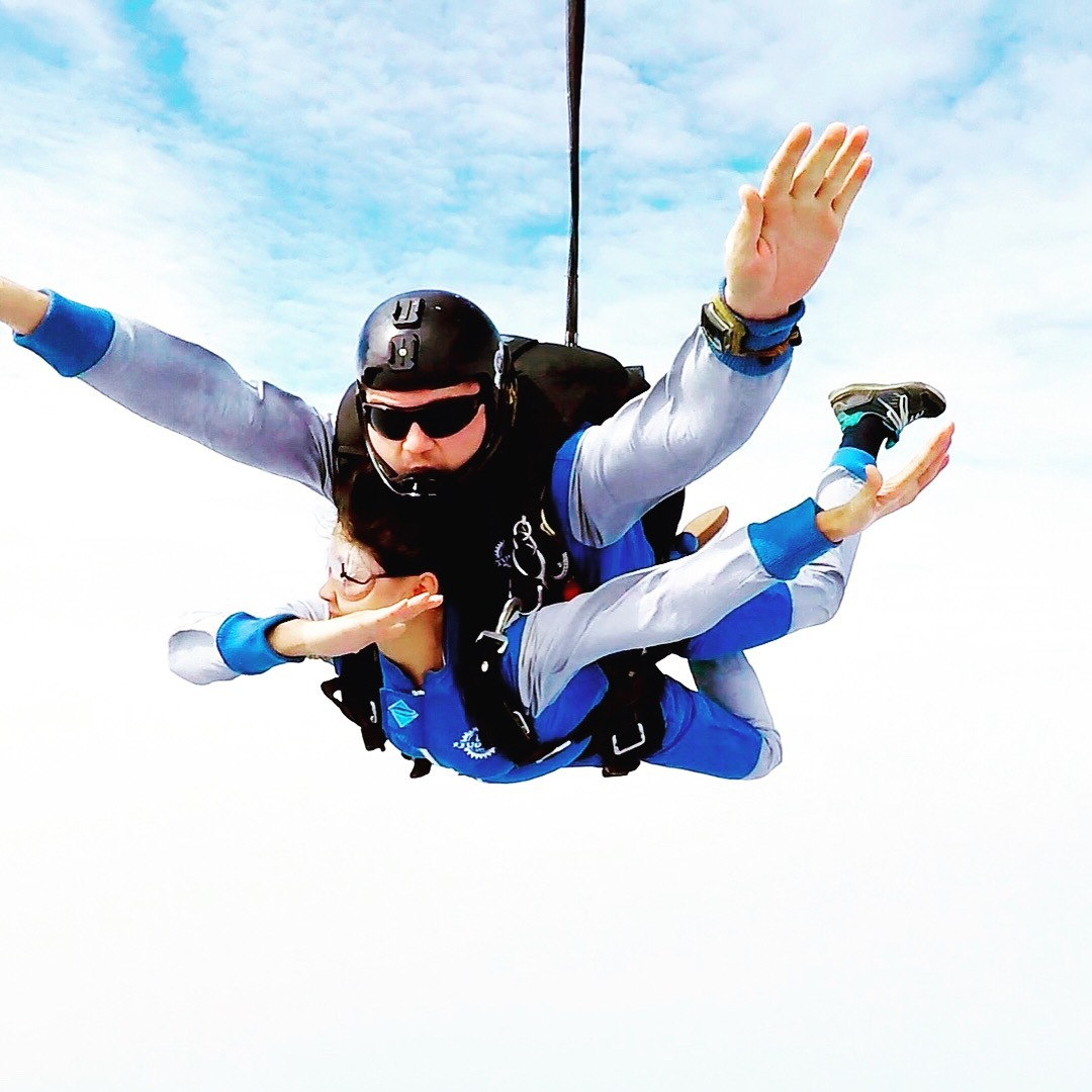 Tuofeng skydive in China