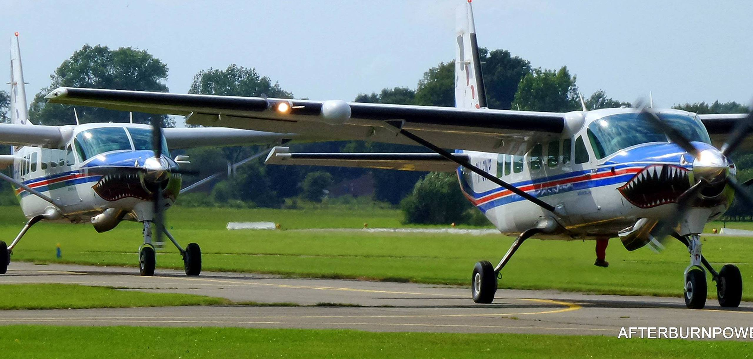 Skydive Teuge aircraft