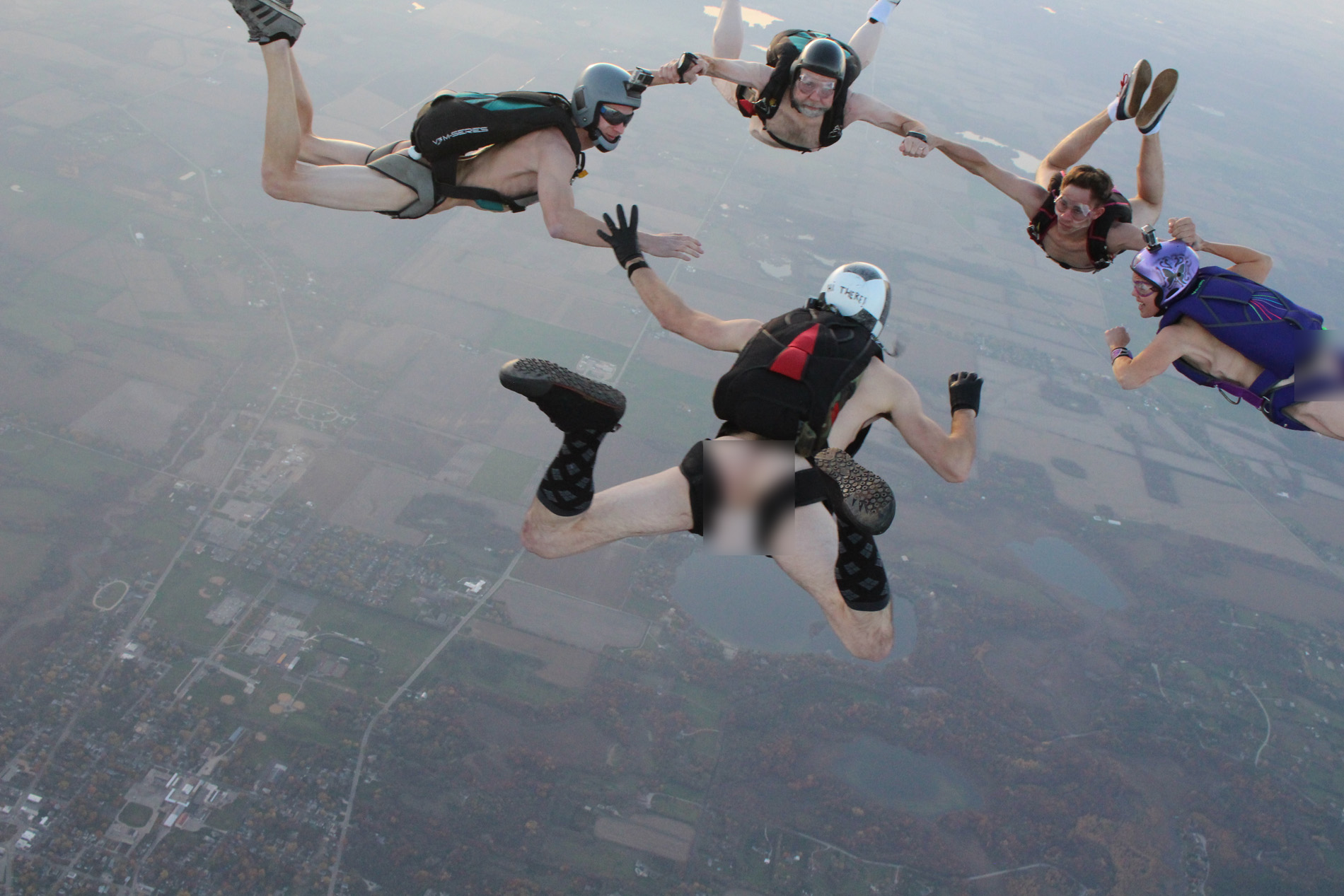 Nude skydiving pic