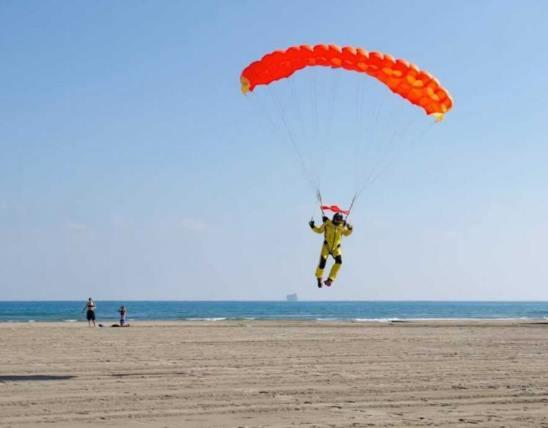 Someone beach landing at Skytime.jpg
