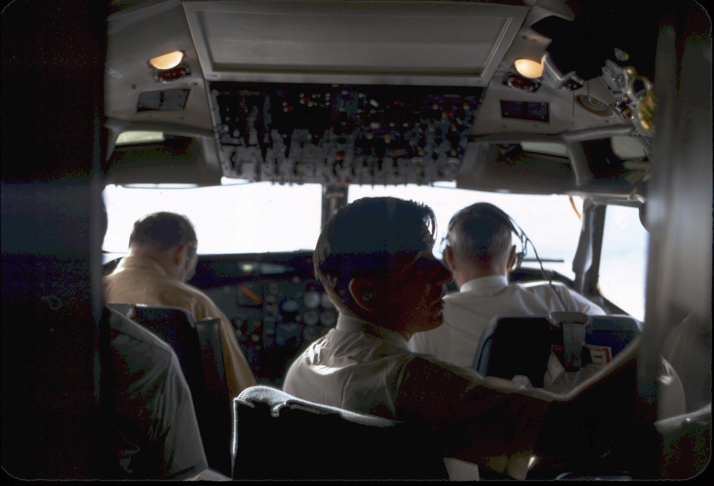 305 cockpit.jpeg