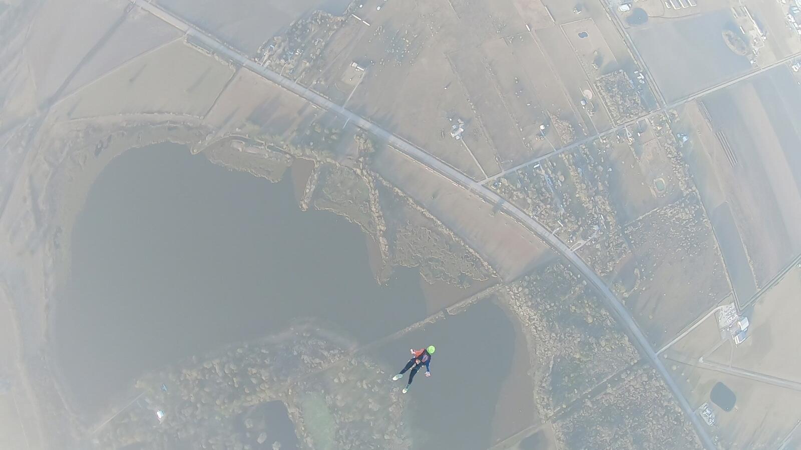 Falling Illini 3-way_Moment4.jpg